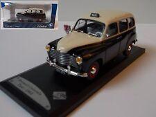Solido Renault Colorale Taxi 1953 en boite ech 1/43