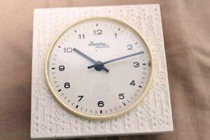 RETRO 60er Jahre PREMIRA Wanduhr Keramikuhr Küchenuhr / Shabby German Wall Clock