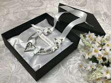 REAL WEDDING HORSESHOE USED LUXURY SILVER & WHITE with CELTIC LOVE HEART