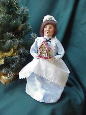 1997 Byers Choice Carolers  Woman Maid with Gingerbread House Perfect! b151