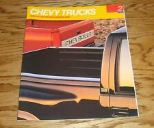 1990 Chevrolet Truck Full Size Pickup & Chassis Cab Sales Brochure 90 Chevy