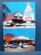 Postcard MO Branson Dee's Gingerbread House & Hickory House BarBQ