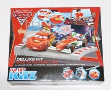 Disney PIXAR Cars 2 : McQUEEN VS FRANCESCO RACE TO THE FINISH LINE DX Klip Kitz