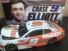Chase Elliott  2018 Hooters #9 Camaro ZL1  NASCAR 1/24 Monster Energy Cup