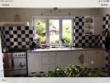 meubles de cuisine avec hotte et évier double