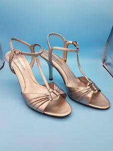 Nine West Women's 8.5 M Silver T-Strap Leather Open Toe Heels With Rhinestones