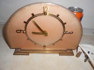 Vintage TEMCO Electric Mantel Clock