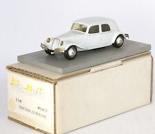 Heco Modeles 87M Citroen Traction 22 four door saloon in white in !:43 Scale