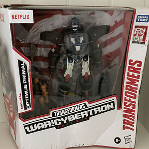 TRANSFORMERS War for Cybertron Series NETFLIX Optimus Primal and Rattrap IN HAND