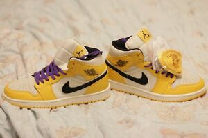 Nike Air Jordan 1 Mid Lakers color yellow Men's 10 size 2019 852542-700