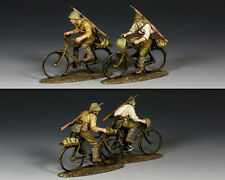 KING & COUNTRY WW2 JAPANESE NAVY JN044 JAPANESE RIDING THEIR BICYCLES MIB