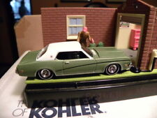 1969 MERCURY COUGAR      2007 JOHNNY LIGHTNING CLASSIC GOLD COLLECTION  1:64
