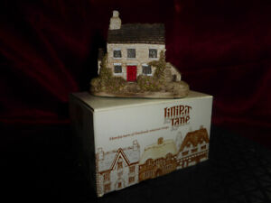 Rare LILLIPUT LANE Dale House (Miniature Masterpieces) Good condition with box
