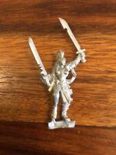 Necromunda Escher Caminero mayor con 2 espadas de metal Warhammer 40K