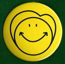 "2016 Hillary Clinton 3"" / Official ""Smiley Face"" Campaign Button(Pin 41)"