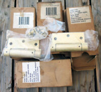 "8 pair Ultra Hardware Products 3-1/2"" Spring Hinge, Satin Brass  Square Corners"