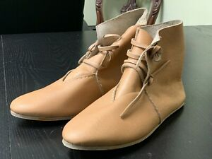 Medieval / Middle Ages era reproduction Man's Leather boots/booties - NEW, SZ 10