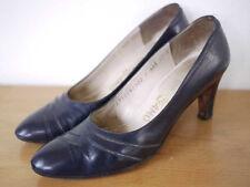 Vintage FERRAGAMO Navy Italian Leather Heels PUMPS Womens 7AAA 37.5