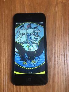 Apple iPhone 5 - 8GB - Space Gray (Verizon) A1429