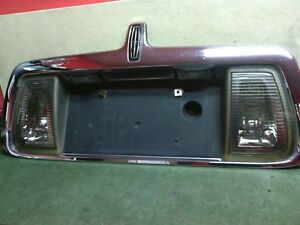 2000 - 2002 Lincoln LS Tail license plate holder with emblem