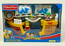 Fisher Price Little People Lil' Pirate Ship - NEW - 2005 - Squawk Bird Figures