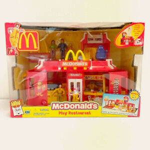 McDonalds Play Place Drive Thru Restaurant Playset with Figures, New 81234