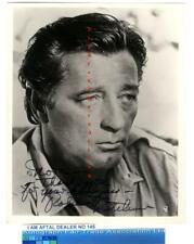 Robert Mitchum vintage signed photograph AFTAL#145