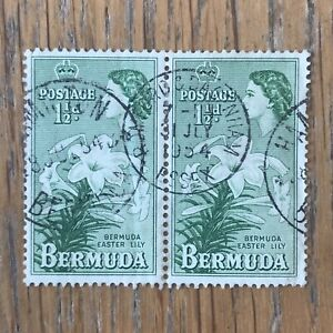 Bermuda 1953 - 62 QE2 1 1/2d Green Easter lily SG 137 USED VF block of 2