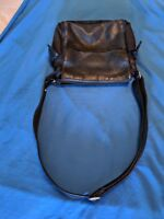 Vintage Fossil Leather crossbody purse, black, good condition-- some wear