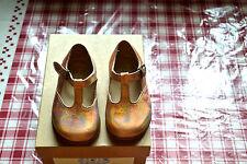 chaussure neuve pèpè  18 tout cuir rosa  130 euros superbe mondial possible offe