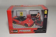 V 1:43 BBURAGO BURAGO RACE&PLAY FERRARI 599XX 599 XX RED DIORAMA MIB