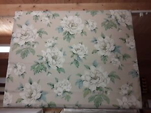 Roman Blind, Laura Ashley Wisley Natural fabric (Made to measure)