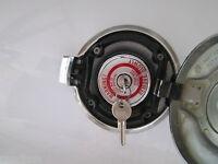 1970-71 DODGE Challenger New NOS LOCKING GAS CAP FUEL CAP MOPAR 70 71 70 RT TA