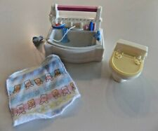 Fisher-Price Loving Family Dollhouse Bath Tub With Washcloth, Toilet, Towel
