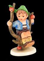 "VINTAGE GOEBEL HUMMEL DARLING ""APPLE TREE BOY"" FIGURINE 142 3/0 TMK-3"