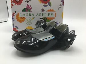 """Laura Ashley Girls Toddler Size 8C """"Jessica"""" Mary Janes w/ Flower NEW IN BOX!"""