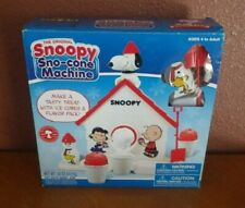 Cra-z-art Snoopy Sno Cone Machine Peanuts New