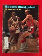 VINTAGE SPORTS ILLUSTRATED DEC 6TH 1969 NEW YORK KNICKS BLITZ THE NBA