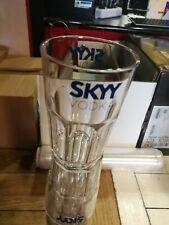 Skyy Vodka 12 Bicchieri Plastica / 12 Plastic Glasses
