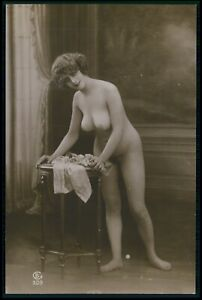 French nude woman busty big breasts original c1910-1920s old RPPC photo postcard