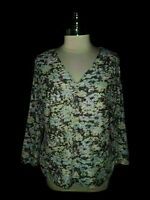 NEW JONES NEW YORK Size XL Shirt Top Blue White Floral Stretch 3/4th Sleeve
