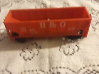 "HO Scale ""Baltimore & Ohio"" 2-bay Open Hopper Freight Train / 320835"