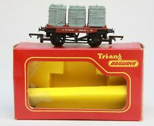 TRI-ANG TRIANG 00 GAUGE  R.340  THREE CONTAINERS WAGON, WITH CONTAINERS, BOXED