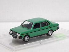 Fiat 131 P, grün, 1/43, IXO/IST/Kultowe Auta PRL, m.Amjo-Vitrine