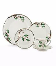 Lenox  Holiday Nouveau Platinum White Christmas 5pc Dinnerware for 1 New