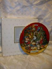 Avon Sharing Christmas With Friends 1992 Plate