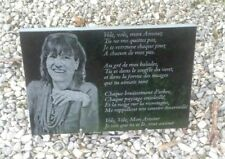 plaque funeraire granit noir personnalisée + photo + texte + dessins au choix