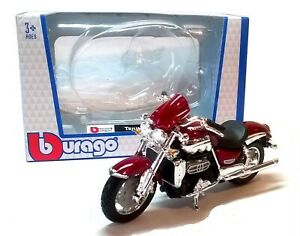 TRIUMPH ROCKET III - 1:18 Scale Die-Cast & Plastic Motorbike Model Burago - New