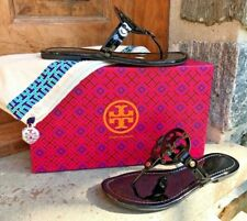Tory Burch NEW Miller RUNS .5 SIZE SMALL Black Patent Leather Logo Flat Sandals