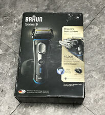 Braun 9242S Series 9 Electric Cordless Shaver including Stand & Travel Case